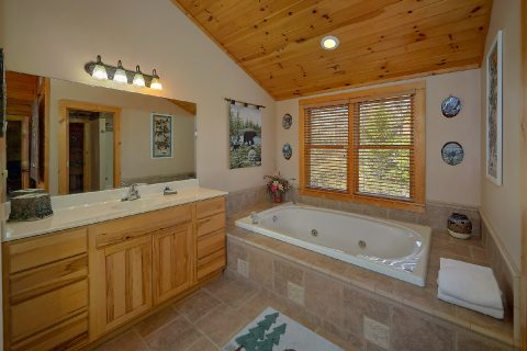 Master Bath with Jacuzzi Tub - Sweet Mountain Air