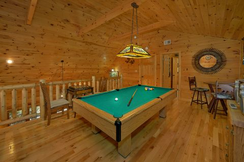 3 Bedroom Sleeps 8 with Pool Table - Sweet Mountain Air