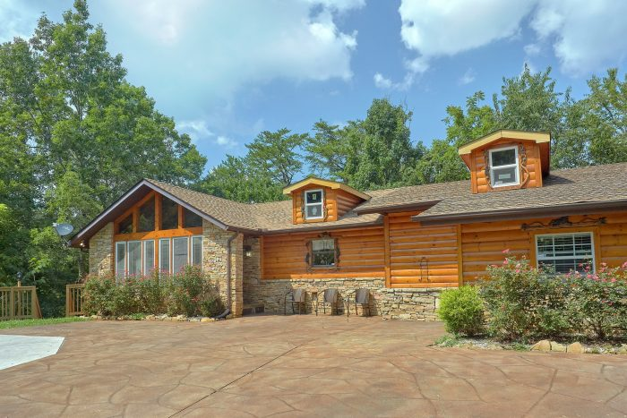 Sweet Mountain Cabin Rental Photo