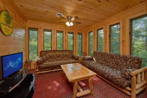 Property Photo - Sweet Mountain
