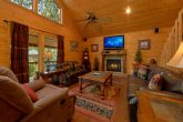 2 Bedroom Cabin with Luxurious Furnishings