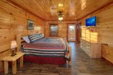 Smoky Mountain Cabin with 6 King Suites