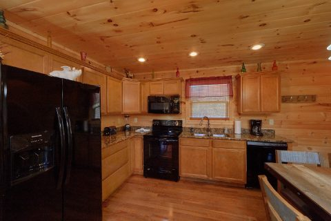 2 bedroom Cabin Sleeps 6 with Indoor Pool - Swimming Hole