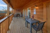 Brand New 2 Bedroom 2 Bath cabin Sleeps 6