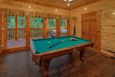 Smoky Mountain 6 Bedroom Cabin with Pool Table