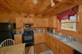 Wooded 1 Bedroom Cabin with Full Kitchen