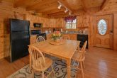 Smoky Mountain 1 Bedroom Cabin with Dining Area