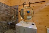 Honeymoon cabin with Luxurious Master Bath