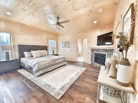 Master Bedroom with King Bed - The Bear and Buck