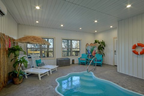 4 Bedroom Cabin with Private Indoor Pool - The Bear and Buck