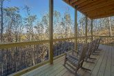 Luxury 4 Bedroom Cabin with Rocking Chairs