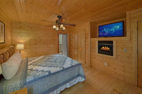 Master Bedroom with Fireplace and Jacuzzi Tub - The Big Cozy