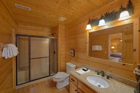 The Big Cozy 6 Bedroom Cabin - The Big Cozy