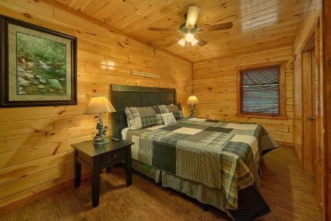 Luxury 11 bedroom resort cabin with flat parking - The Big Lebowski