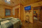 2 Private King Bedrooms in 11 bedroom cabin