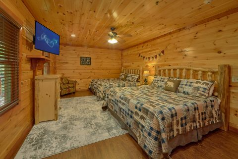 11 bedroom luxury cabin with King bedroom for 4 - The Big Lebowski