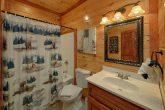 9 full bathrooms in 11 bedroom luxury cabin