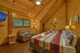 Luxurious Pigeon Forge cabin with 11 King Beds