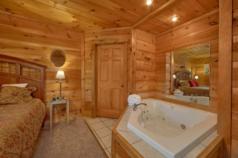 Private Jacuzzi Tub - The Gathering Place