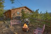 4 Bedroom 3 Bath Cabin with Fire Pit