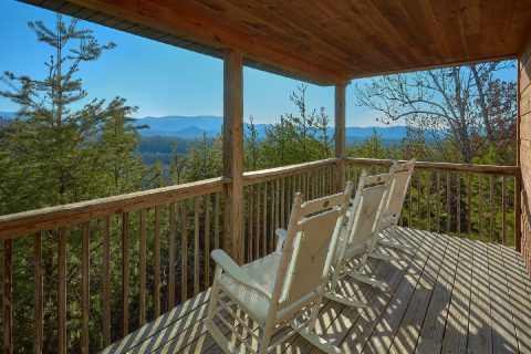 4 Bedroom 3 Bath Sleeps 8 with View - The Gathering Place