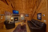 4 Bedroom 3 Bath Cabin Sleeps 10