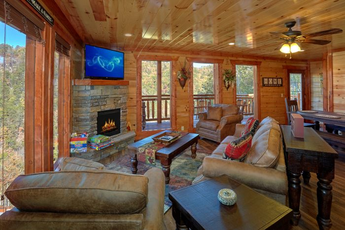 4 Bedroom Indoor Pool Cabin Sleeps 14 - The Only TenISee