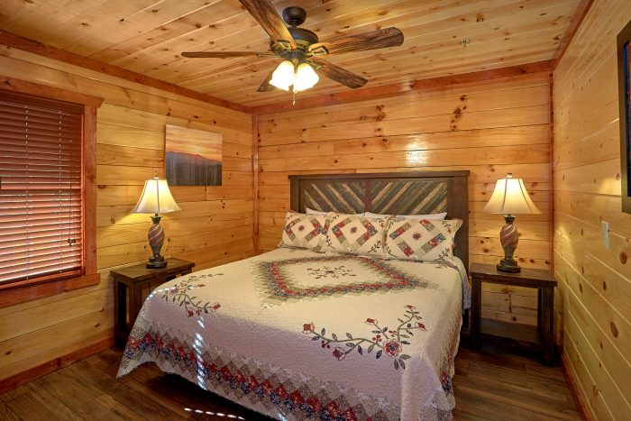 4 Bedroom Premium Cabin Sleep 14 - The Only TenISee