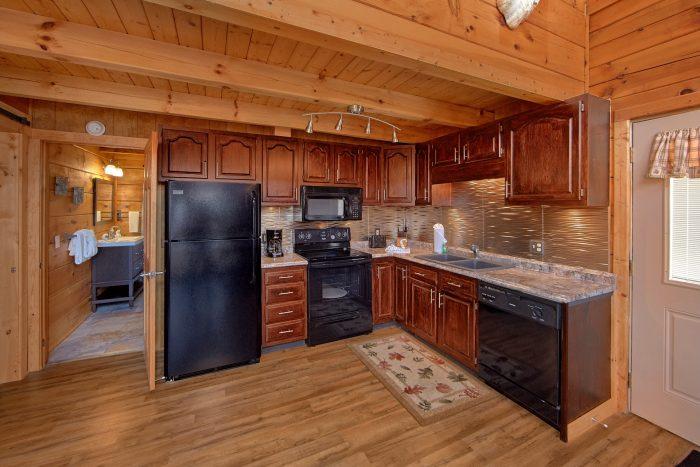 Beautiful 1 Bedroom Cabin Sleeps 4 - The Overlook