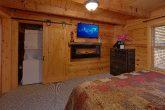 1 Bedroom Cabin Sleeps 4 with Views