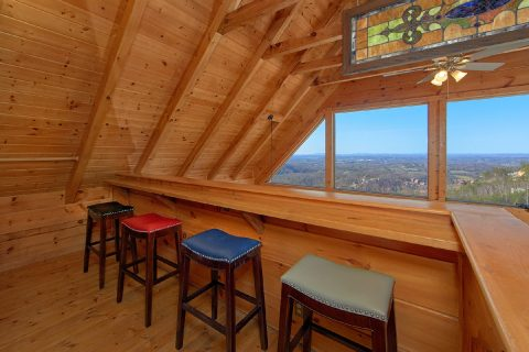 1 Bedroom 2 Bath Cabin Sleeps 4 - The Overlook