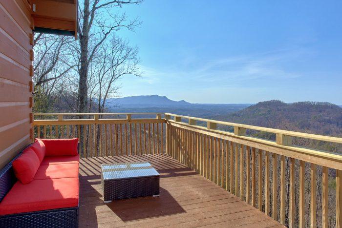 1 Bedroom Cabin Sleeps 4 Large Deck with Views - The Overlook