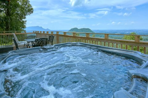 Private Hot Tub with Spectacular Views - The Overlook