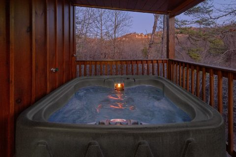 Private Hot Tub 2 Bedroom Cabin - The Waterlog