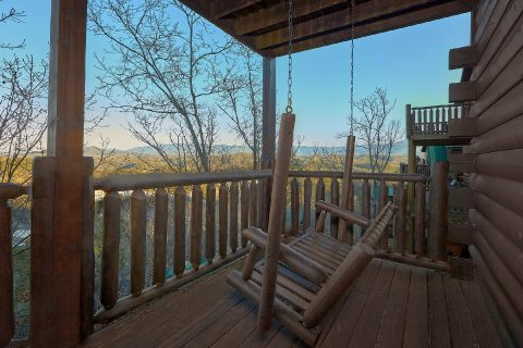 Spactacular Views 4 Bedroom Cabin with Swing - The Woodsy Rest