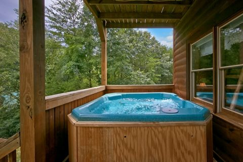 Cabin with private deck and 2 hot tubs - Timber Lodge