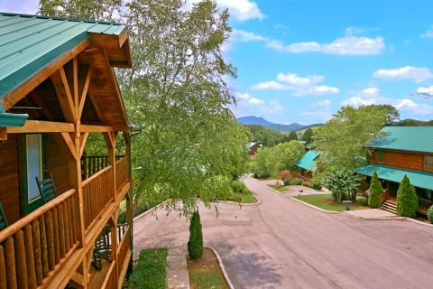 Cabin with Resort pool and internet - Timber Lodge