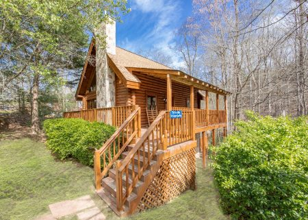 Victoria's Queen: 2 Bedroom Gatlinburg Chalet Rental