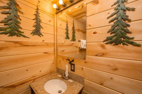 2 Bedroom 2 Bath Cabin Sleeps 8 - Tin Pan Alley