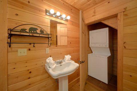 Washer and Dryer 2 Bedroom Cabin Sleeps 6 - Tip Top