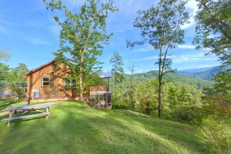 A Woodland Hideaway: 2 Bedroom Sevierville Cabin Rental