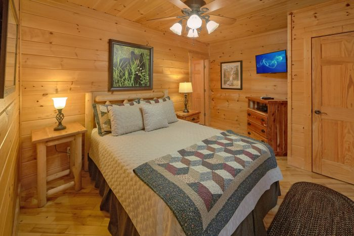 King Bed with Views - TipTop