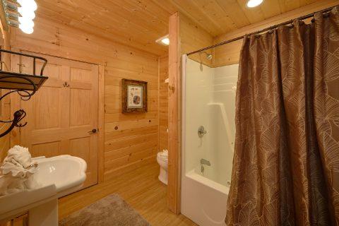 2 Bedroom Cabin 2 1/2 Bath Sleeps 6 - Tip Top