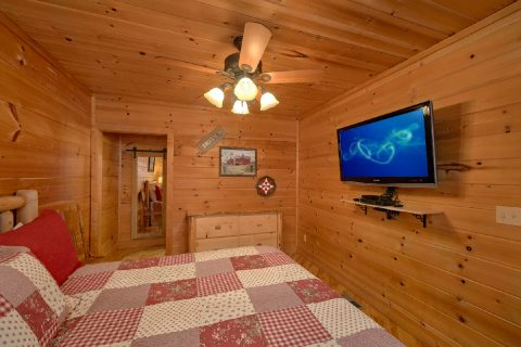 Wears Valley 2 Bedroom Cabin Sleeps 6 - TipTop