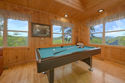 Pool Table 2 King Beds Cabin Sleeps 6 - Tip Top