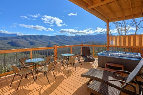 5 Bedroom Pool Cabin in Sherwood Forest Resort - TrinQuility View