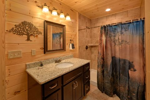 Smoky Mountain Cabin with 5 Bedrooms and Baths - TrinQuility View