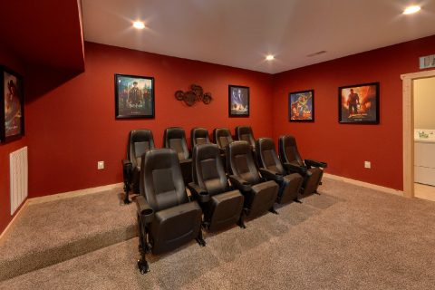 5 Bedroom Cabin with a 70 inch TV Theater Room - TrinQuility View