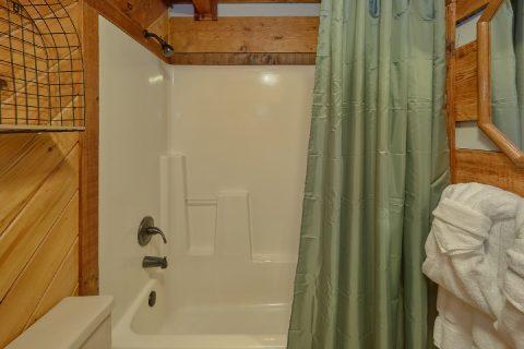 Large Shower - Two Cubs Den