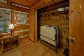 2 Bedroom Cabin Sleeps 6 Roll Away Bed